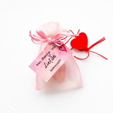 edelsteen, rozenkwarts, liefde, sidedish