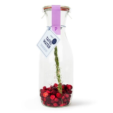 pineut, tafelwater, kers, rozemarijn